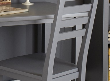 A bedroom desk to grow up with