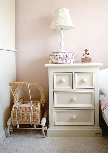 Belvoir Bedside Cabinet