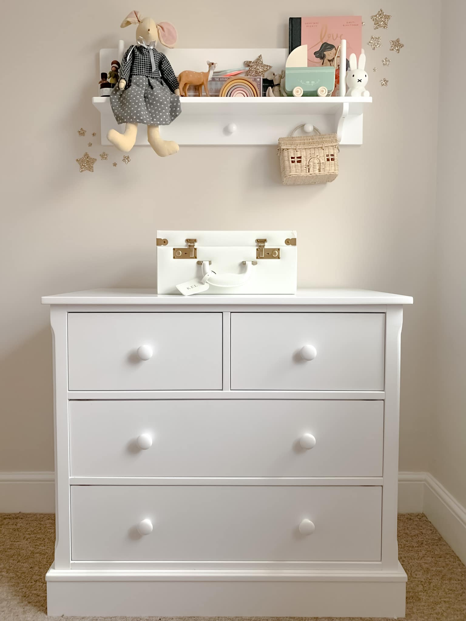 Charterhouse 3+2 Chest of Drawers in Silk White